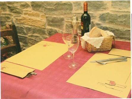 paper-placemats-tovaglietta-carta-paglia-bottiglia-vino